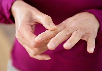 poluartriidi liigeste haigus pohjustab ravi valu lihase ja ola liigestega